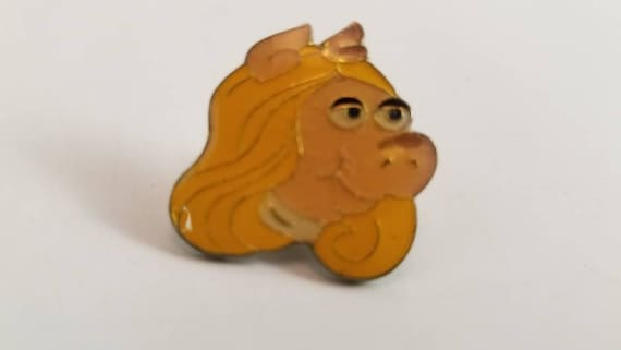 Vintage Miss Piggy Enamel Pin