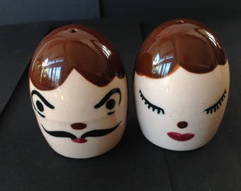 Vintage Napco Man and  Woman Egg Head Salt and Pepper Shakers #S918 Painted Faces