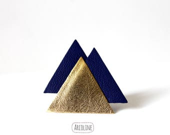Brooch leather Triangle Blue Gold graphic
