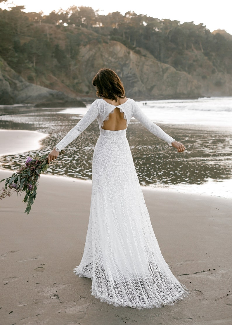 dd20fd4638c Wedding Dresses Long Sleeve Open Back