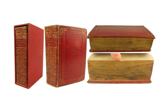 Fore-edge painting (fishing). 1823 Holy Bible. King James. Oxford. In slipcase.