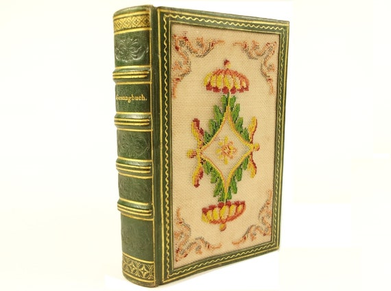 1831 embroidered binding, German Hymnbook (Gesangbuch) of the Hesse Duchy
