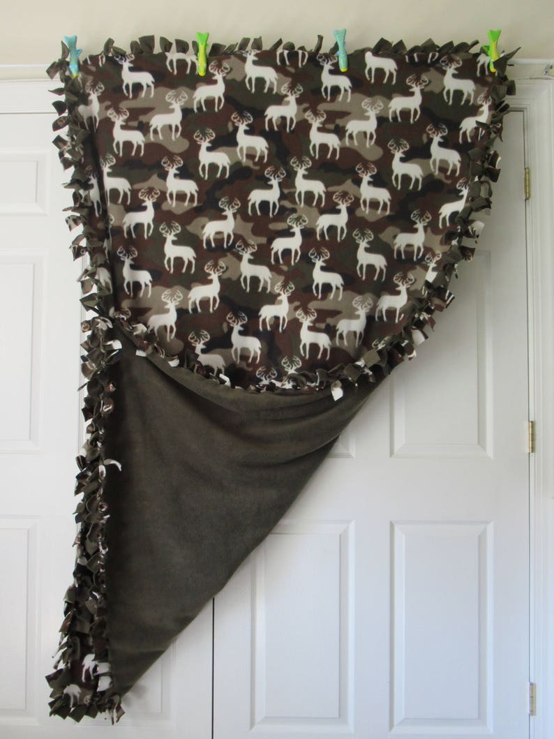 Deer /& Camo ~ No Sew Hand Tied Fleece Blanket