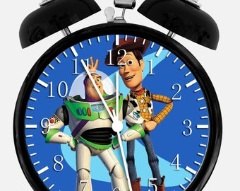 "Disney Goofy Alarm Desk Clock 3.75/"" Home or Office Decor E135 Nice For Gift"