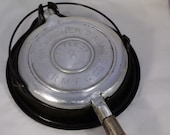 Vintage Wagner Aluminum waffle iron-nice shape with base