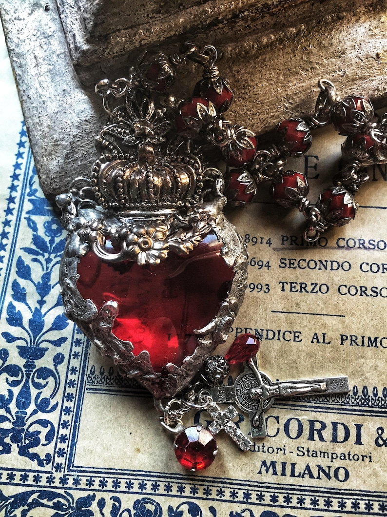 Milagro Heart Catholic Heart necklace Sacred Heart of Mary red crystal necklace Queen of Hearts