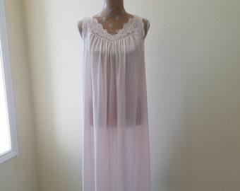4017212ddb7 Vintage 1980s Shadowline Pink Nylon Nightgown