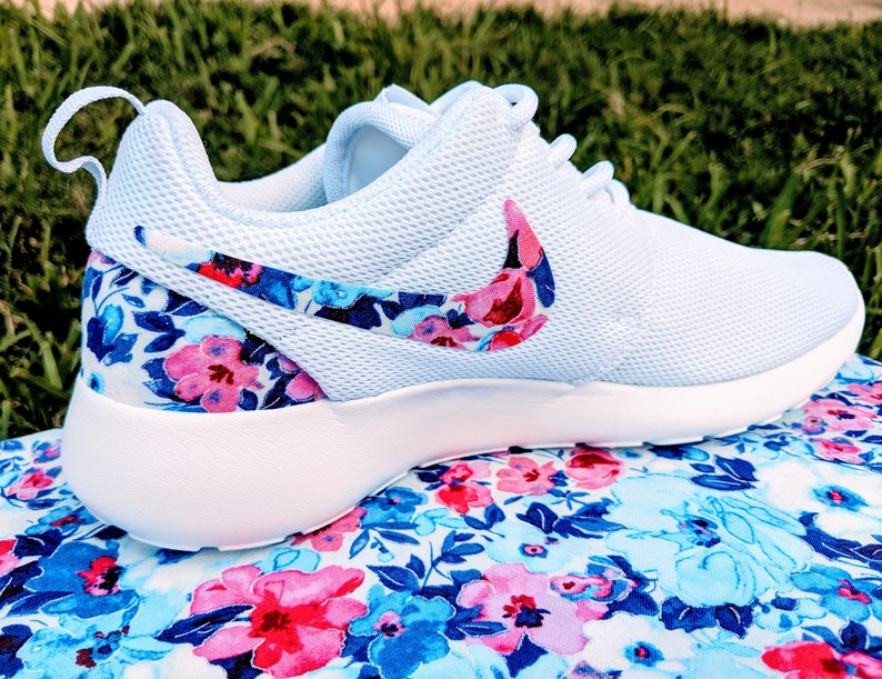 pretty nice 0af09 8e2bc LIMITED Pink and Blue Floral custom Nike Roshe   Etsy