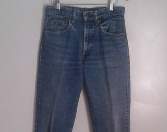 Vintage 1970's Levi's Red Tab Med Blue Denim Jeans Straight Leg Sz 32 x 31 Classic Rustic Distressed