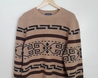 Vintage Pendleton Tan Brown Native American Design Lambswool Wool Pullover Sweater Sz Large National Park Navajo Rustic