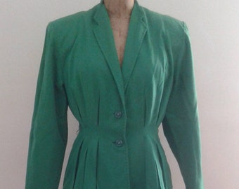 Vintage 1940's Kelly Green Worsted Wool Tailored Skirt Suit Peplum Jacket Sz Small WWII Era Swing