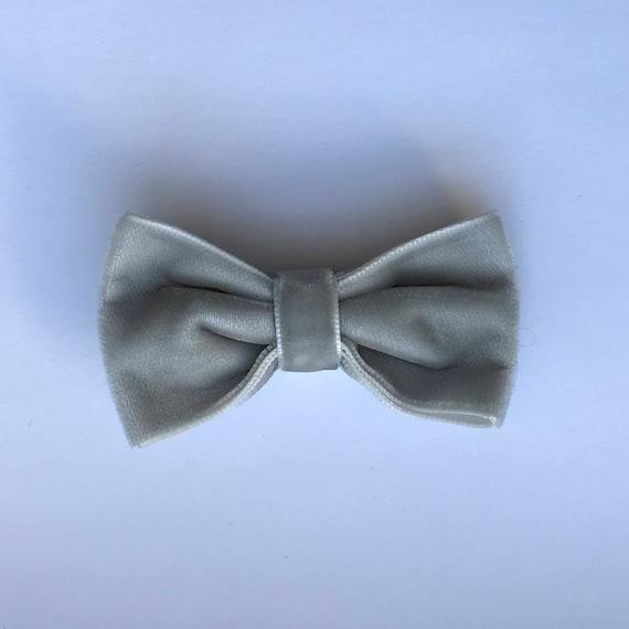 Luxe Velvet Medium Bow