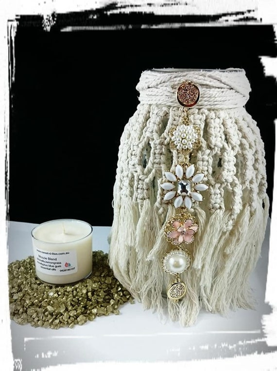 100% Soy Wax  Australian Hand Made Macrame  Mason Jars with Spa Candles  approx 13hrs  burn time, resting stones.