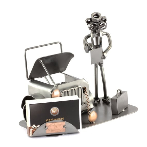 Schraubenmännchen Kfz Sachverständiger Mit Visitenkartenhalter Original Steelman24 Metallskulptur Das Perfekte Geschenk