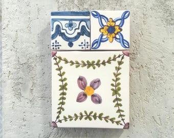Traditional Portuguese tiles; Azulejos; Azulejos Portugueses, Portuguese tiles panel; Set of Portuguese tiles; Ceramic tiles panel.
