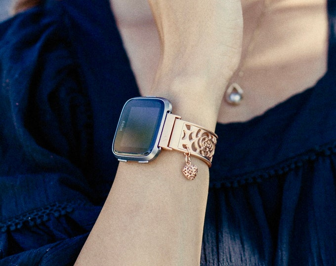 FITBIT VERSA 2 Watch Band Women Rose Gold Fitbit Versa Lite Watch Bracelet Adjustable Size Fitbit Bracelet Dainty Heart Medallion Jewelry