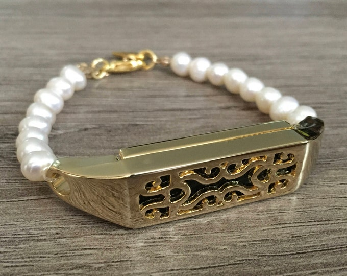 Freshwater White Pearls Bracelet for Fitbit Flex 2 Fitness Tracker Handmade Gold Color Fitbit Flex 2 Tracker Holder White Pearls Wristband