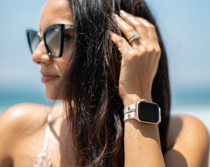 Pearl White Leather Apple Watch Band 38mm 40mm 42mm 44mm Rose Gold Apple Watch Strap Women iWatch Bracelet Jewelry Apple Watch Wristband