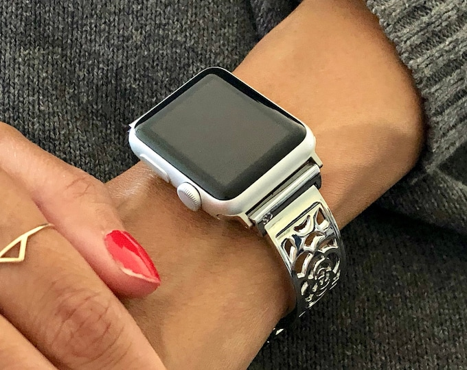 Women Apple Watch Band 40mm 44mm Adjustable Size iWatch Bracelet Sterling Silver Heart Medallion Apple Watch Bangle 38mm 42mm Links Bracelet