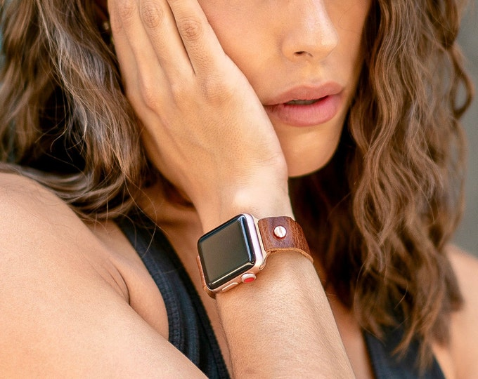 Women Apple Watch Band 38mm 40mm 42mm 44mm Leather Bracelet Adjustable Wristband Rose Gold & Italian Brown Grain Leather iWatch Band