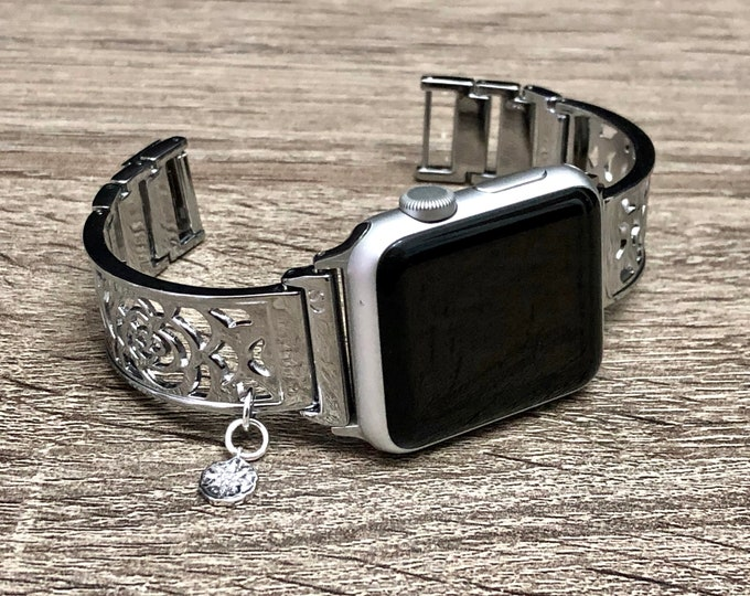 Silver Metal Apple Watch Band Women 38mm 40mm 42mm 44mm Elegant Flower Design Silver North Star CZ Pendant Adjustable Apple Watch Bangle