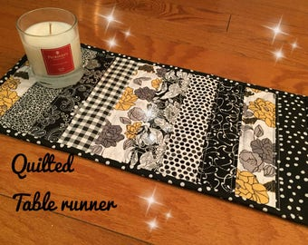 quilted table topper, Quilted Table runner,modern table Deco.