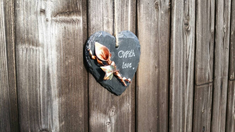 Miniature copper calla lily and ivy slate hanging heart image 0