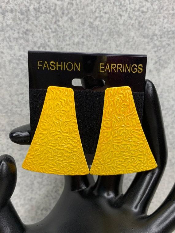 Vintage Yellow Drop Earrings 80s Yellow Enamel And Gold Triangle Earrings