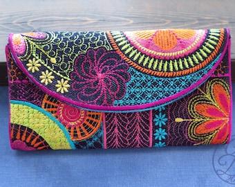 Flower Power Wallet - Boho chic - In The Hoop DIY digital embroidery design bundle - Instant download