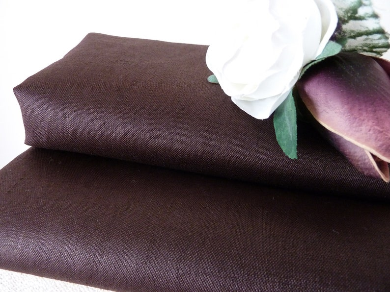 Cotton Fabric Price per 1//2 metre Small Brown Flowers Natural LINEN