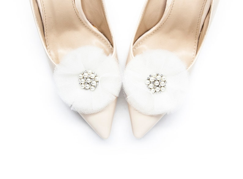 8b45b89a4128b White tulle flowers pompoms with pearls- Mififi shoe clips Clips for shoes,  Wedding shoe clips, White pom pom flowers for shoes