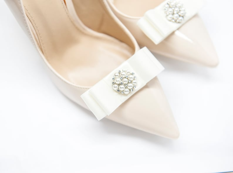 Mififi Shoe Clips Shoeclips Wedding Shoes Cream Bows with Pearls