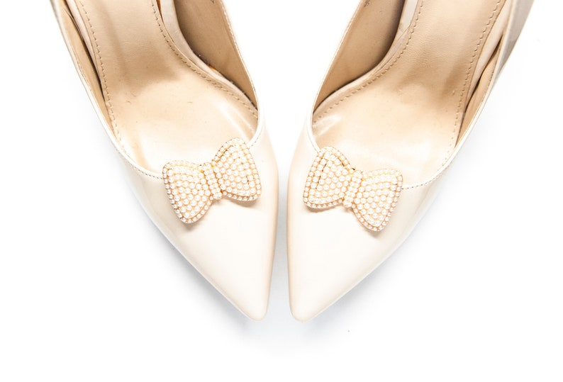 9eb7a37179bc3 Jewelry gold bows with pearls shoe clips- Mififi shoe clips wedding shoe  Bride shoes Clips for shoes Jewelry shoes decorations Gold bows