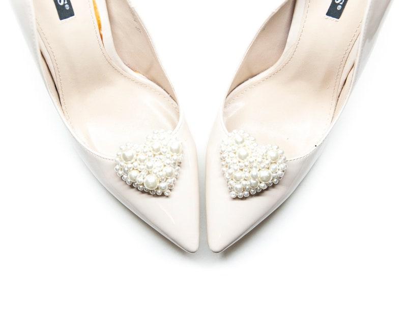 7da90267f7a2d Handmade Creamy pearls heart for shoes- Mififi Shoe Clips Bride shoes  Wedding accessories Wedding shoe clips Creamy clips for shoes