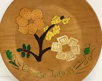 Vintage Wooden Plate/Cheese Plate/Vintage Painted Wood Tray/ Vintage Serving Dish/ Vintage Wood Plate/Vintage Decor