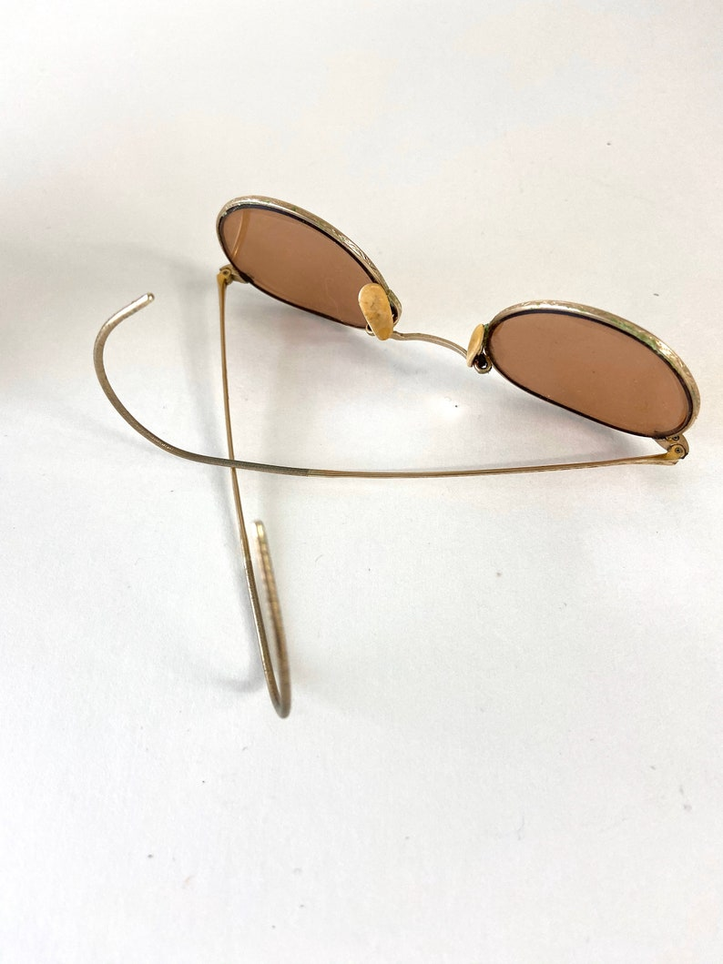 Vintage Aviator Style Eyeglasses /Vintage Sunglasses/Vintage Wire Rim Sunglasses/ Vintage eye glasses with case