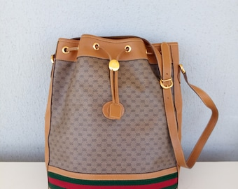 04d93ede95b Vintage Gucci bucket drawstring bag satchel