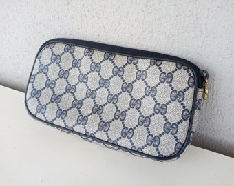 4df5ddf548928 Flash sale ! Vintage Gucci blue GG monogram pouch clutch cosmetic case make  up bag purae