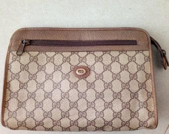 2c0f7e86e46 Vintage Gucci brown GG monogram clutch handbag purse pouch cosmetic bag