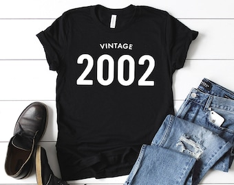 3f1758c5cca 17th Birthday Shirt Vintage 2002 T Shirt - Personalized Gift Idea for Men  and Women Short Sleeve Casual Jersey 00s Retro Graphic Tee Shirt