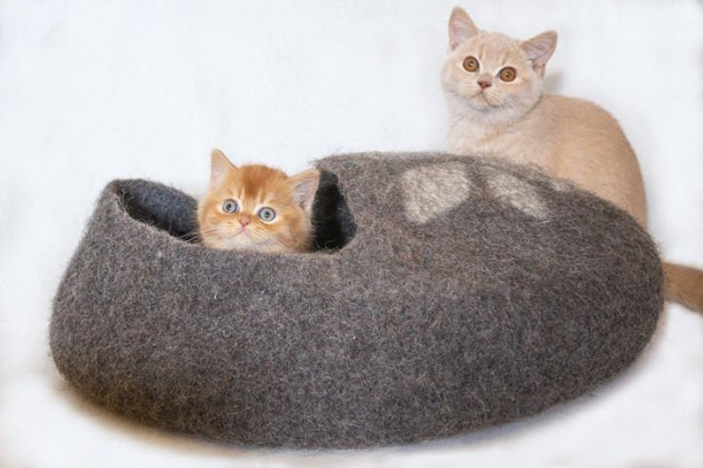 Cat bed  cat cave  cat house  handmade felted wool cat bed image 0
