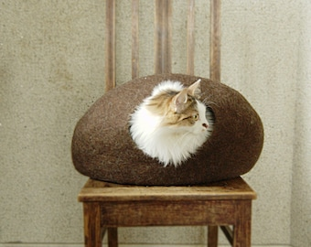 Felted cat cave brown from natural eco-friendly wool