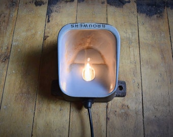 Wall lamp, vintage Industrial lamp, wall light, industrial lighting, wall lamp, reclaimed