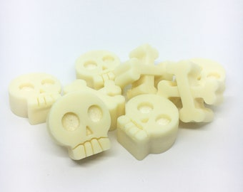 Skull and Crossbones Soy Wax Melts
