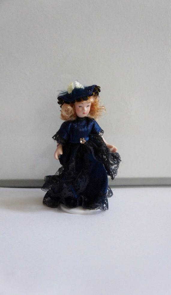 Escala 1//12th casa de muñecas en miniatura hechas a mano para hombre-Pijama-Varios