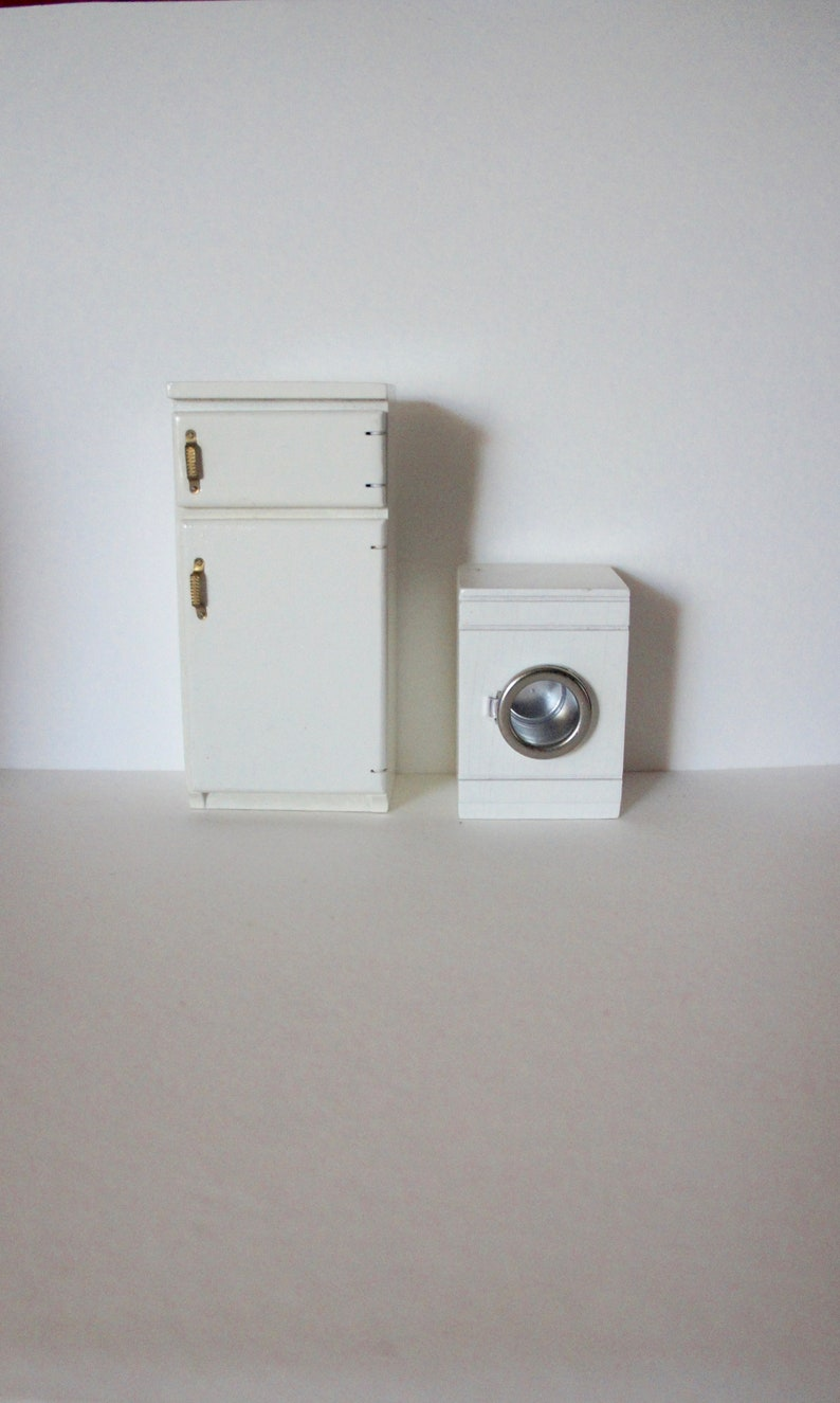 1:12 scale dolls house miniature vintage kitchen equipment 3 to choose.