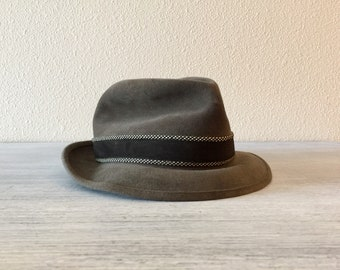 0ae65814c8f3a Stetson Hat Vintage Royal Stetson Fedora Hat Gray Size 7 Red White Blue  Silk Label Old Felt Hats