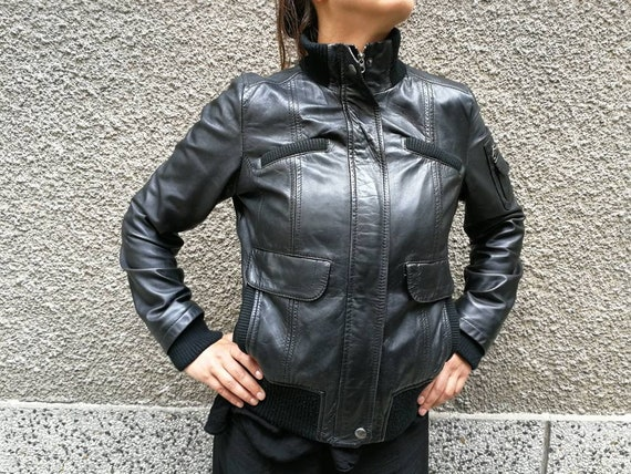 Vintage leather jacket, Black leather jacket, Fitt