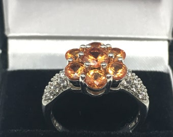 925 Silver Ring with Orange Stones Flower Setting