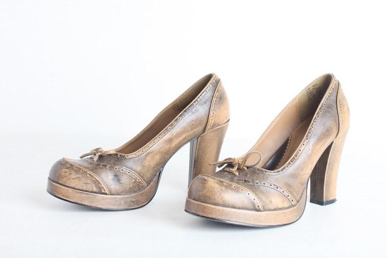 72394c00db6f Size 10 Women s Faux Leather Platform Shoe Bongo